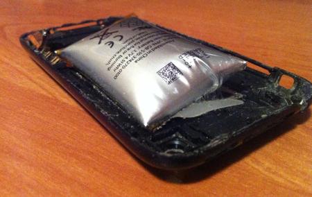 Batteria iphone 3gs gonfia